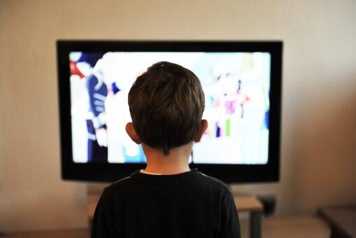 zašto ne ostavljati dijete pred televizorom